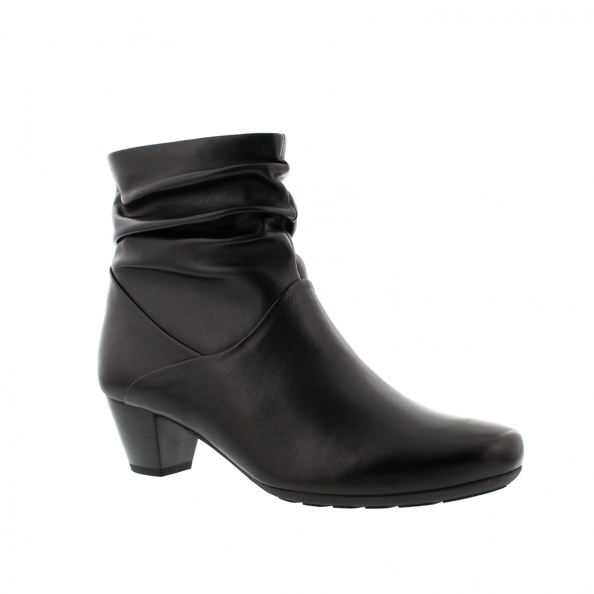 ae243cf29d9d59 Gabor Kingston 92-823-57 Black Leather Ankle Boots