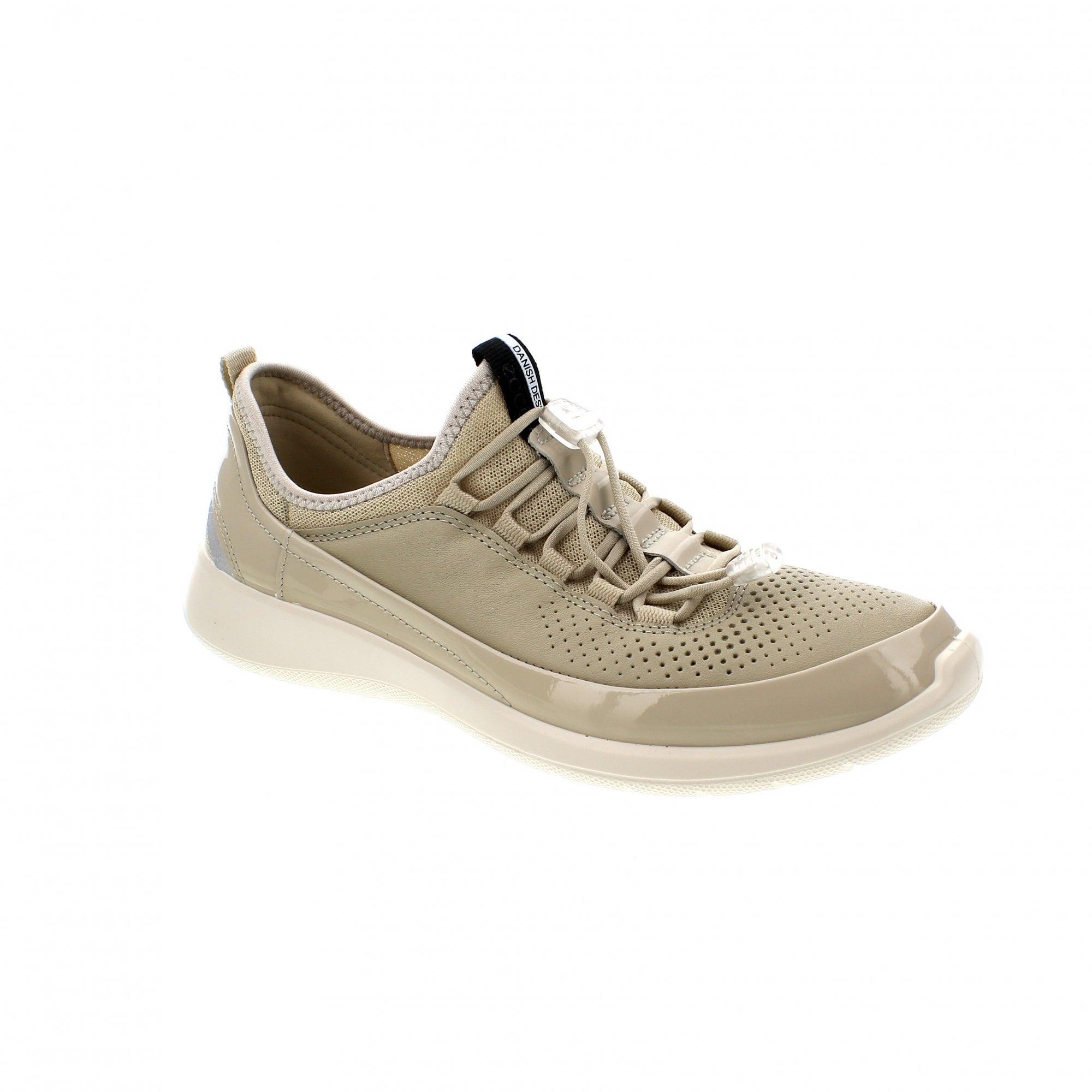 ecco shoes uk head office